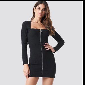 Motel body con black dress super sexy new